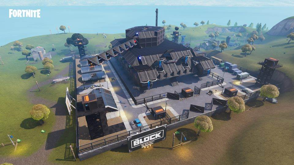 Fortnite game:  a building