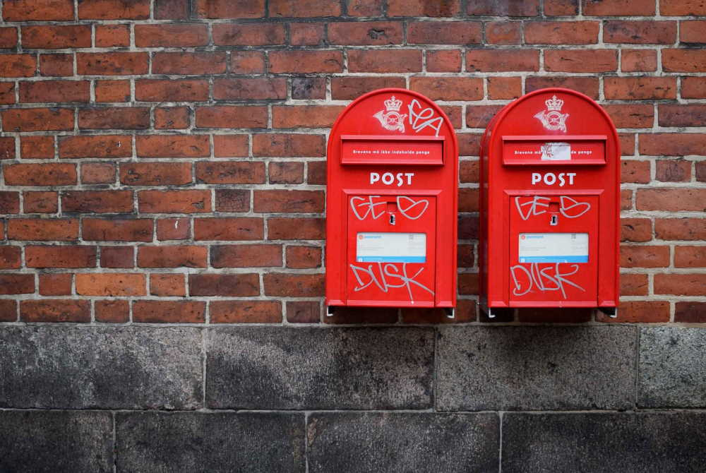 red mailboxes, photo by kristina tripkovic